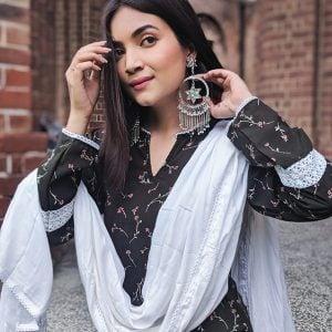 Kundan Studded Star Dangler Silver Hoop Earrings Lifestyle Image