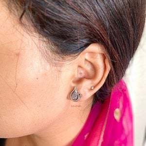 Silver Plated Small Stud Earrings- Shankh Leaf Lifestyle Image