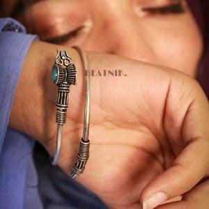 Blue Stone Moksha Kada Bangle – Adjustable Lifestyle Image