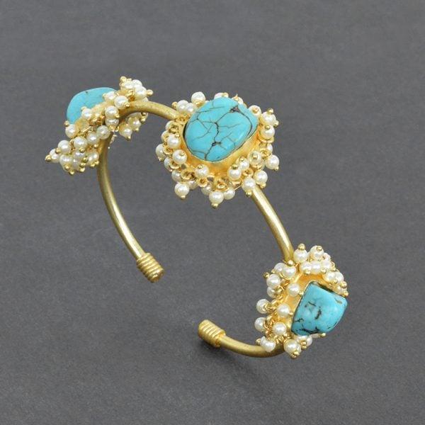Golden Jadau Turquoise Stone Pearl Bangle – Adjustable On Black Background