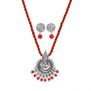 Handmade Thread Silver Oxidised Necklace Earrings Set – Red Main Image