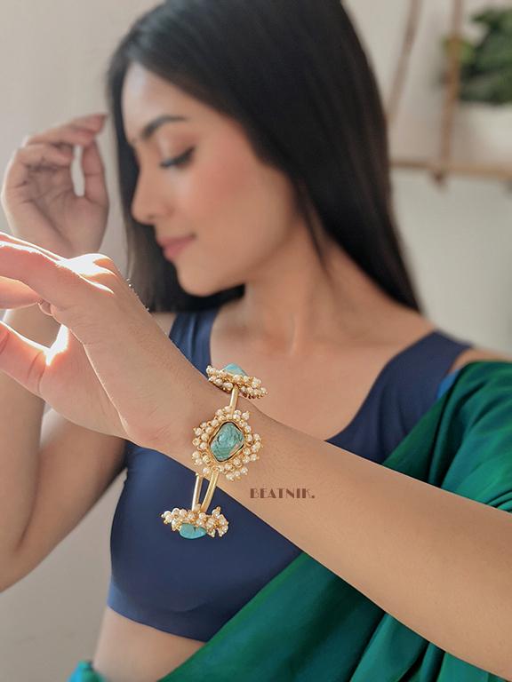 Golden Jadau Turquoise Stone Pearl Bangle – Adjustable Lifestyle Image