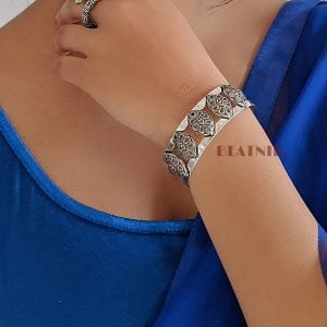 Oxidised Silver Patterned Kada Bangle – Adjustable Lifestyle Image