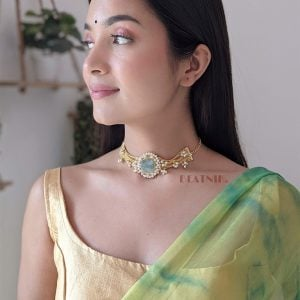 Gold Matte Plated Classy Cocktail Druzy Stone Chain Choker Lifestyle Image