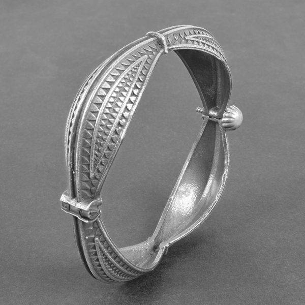 Silver Lookalike Brass Oxidised Minimal Boho Bangle - Adjustable On Black Background