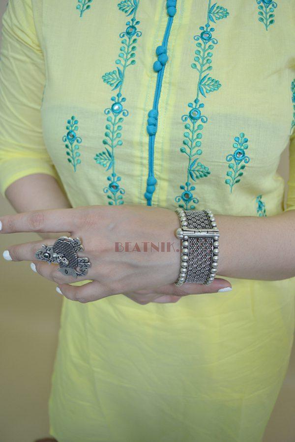 Silver Lookalike Brass Oxidised Round Jaali Boho Bangle - Adjustable Lifestyle Image