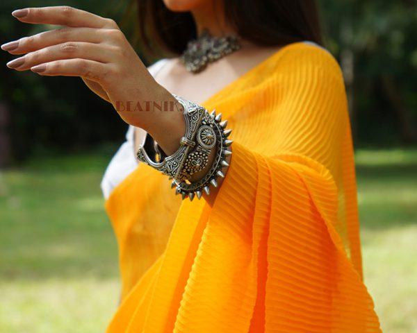 Silver Lookalike Brass Oxidised Boho Flower Motif Bangle – Adjustable Lifestyle Image