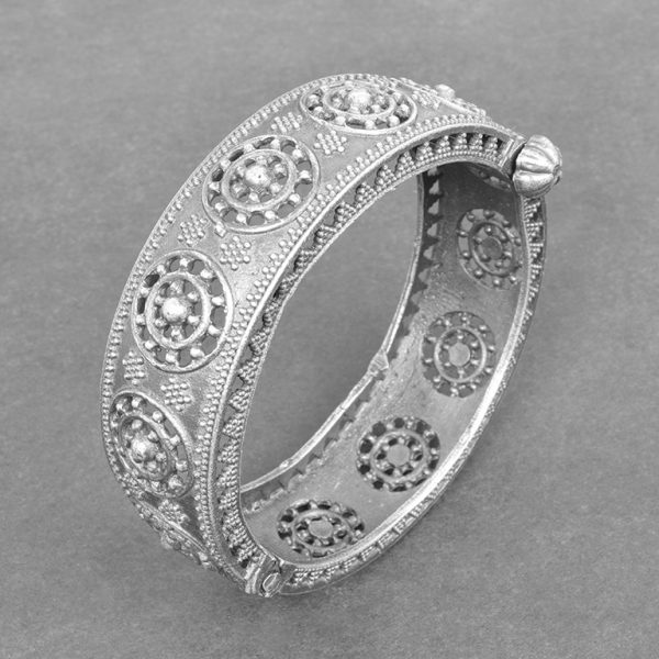 Silver Lookalike Brass Oxidised Boho Round Bangle - Adjustable On Black Background