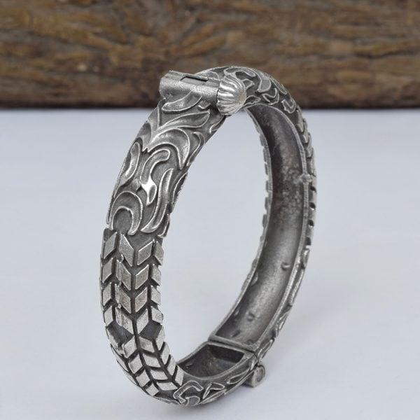 Silver Lookalike Brass Oxidised Antique Statement Bangle – Adjustable On Wooden Log