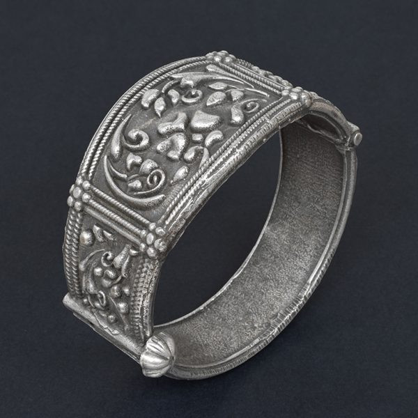 Silver Lookalike Brass Oxidised Bohemian Statement Round Bangle – Adjustable On Black Background